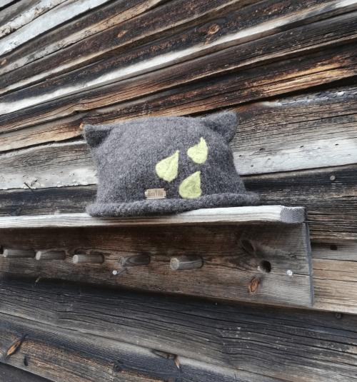 saunahattu-paljakka-kasityona-suomessa-valmistettu-saunahattu