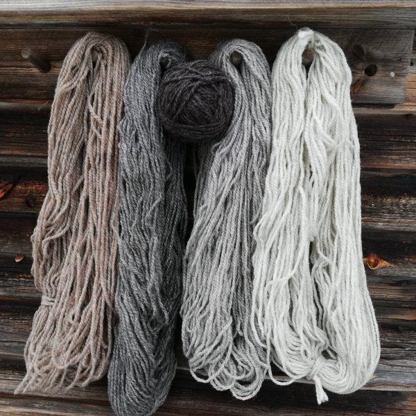 Kotimainen saunahattu villasta